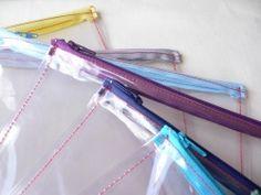 pochettes transparentes pour commencer à préparer son sac de plage !