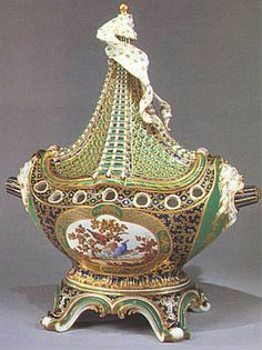 Armand Ainè probably made the central decoration with the birds.  The pot-pourri was used to perfume the rooms with flowers and various scents, and this one undoubtedly belonged to Madame Pompadour.