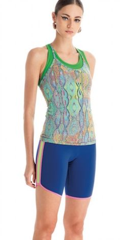 Cobalt blue capri leggings/tights with gorgeous pink and lime green detail down the side of the leg. NZ$119.00 http://www.divineyou.co.nz/product/cordoba-capri-leggings/