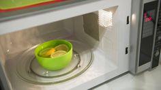 Mikroaaltouuni on yksi keittiön pahimmista törkypesistä – Näin teet näppärän tehopesun  - Asuminen - Ilta-Sanomat