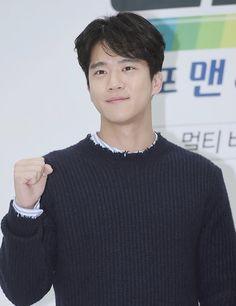 Asian Guys, Asian Men, Ha Suk Jin, Handsome Korean Actors, Kdrama Actors, Seokjin, Dancers, Musicians, Artist