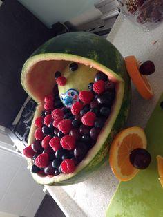 Babyshower kinderwagen van fruit