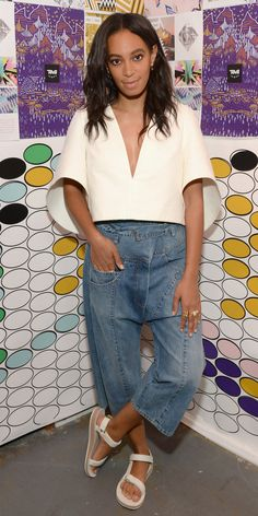 Solange Knowles stepped out for Teva's launch of their 2016 Artists Series Collection while donning a Spring 2016 Milly Cream Structured Crop Top, $380 Rachel Comey Tolleson Belted Cropped Wide Leg Denim Pants and $60 Teva Original Universal White Sandals. Her top was modeled on the runway with a gold choker, white culottes and simple […]