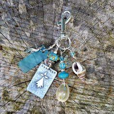 Armor ✿ Bijou de sac marin - verre filé, coquillage, Zinc gravé ✿ Idée cadeau fête des pères : Autres bijoux par asta-en-bretagne