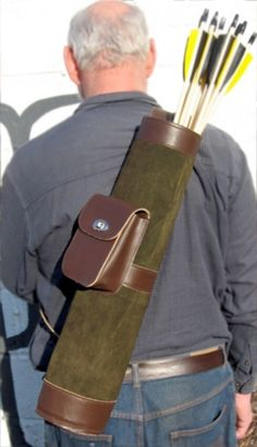 Back quiver with pouch.