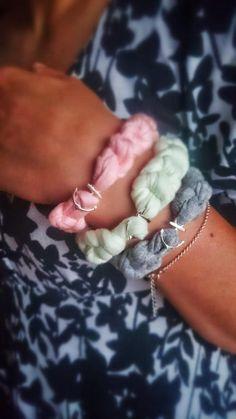 Cotton hand made brancelet