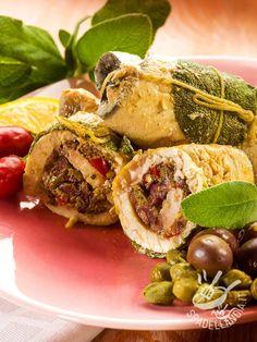 Una idea semplice e veloce per mettere tutti a tavola variando il solito menu settimanale: ecco gli Involtini mediterranei di pesce spada!