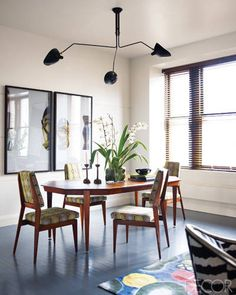 Iconic Serge Mouille Lamps Transcend Design Styles And Eras! Dining Table Chairs, Dining Room Furniture, Dining Rooms, Dining Set, Tables, Dyi, Serge Mouille, Cosy Home, Mid Century Dining