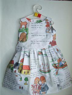 Norway_book_dress