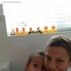 Thanks to @therealjaydenbakerr for this picture of a gaggle of #JATravelducks from #Windsor in the UK! #travelduck #JAResorts #JAMoments