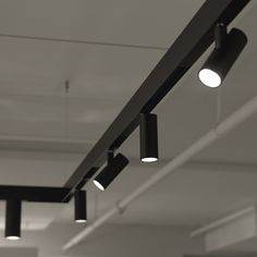 Find more information, inspiration, materials and technology about the product VECTOR MAGNETIC Track/Systems Industrial Track Lighting, Modern Track Lighting, Track Lighting Fixtures, Office Lighting, Home Lighting, Lighting Design, Light Fixtures, Laundry Room Lighting, Blitz Design