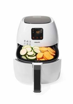 Every year, Oprah Winfrey releases a list of her favorite gifts, and it's longer than ever. Philips Airfryer Xl, Top Gifts, Best Gifts, Air Fried Food, Air Fry Recipes, Gift Finder, Amazon Gifts, Rice Cooker, Oprah