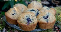 Happy Muffin Monday! I hope everyone had a great weekend..I believe it's a three day weekend for most Americans due to it b...