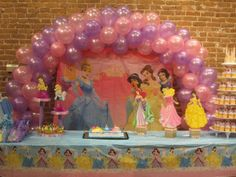 Disney princess party deco.  My grand daughter would just love this!