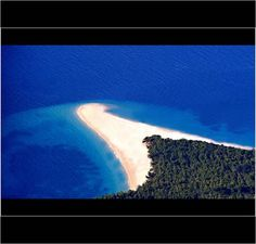 Moving beach of Zlatny Rat   Bol - Brac Island - Croatia