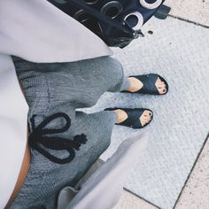 Designer Clothes, Shoes & Bags for Women Ootd, Playing Dress Up, Passion For Fashion, Dress To Impress, Style Me, Shoes Style, Personal Style, Chill, Style Inspiration