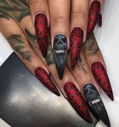 Halloween inspiratie diy, Halloween, DIY, Do-it-yourself, knutselen, inspiratie, kransen, sminck, make-up, nagels, nailart, acryl nails, acryl nagels