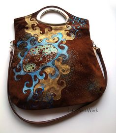 Natural leather handbag - Hand painted - brown color - unit author work - brown leather handbag - gift - painted bag - gold on Etsy Brown Leather Handbags, Leather Purses, Leather Bag, Real Leather, Painted Bags, Hand Painted, Painting Leather, Purses And Handbags, Dior Purses