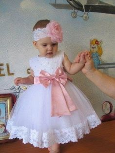 so adorable baby with this dress and cute headband match on it.Children and Young Christening Outfit Girl, Baby Girl Baptism, Baby Girl Dress Patterns, Little Girl Dresses, Flower Girl Dresses, Toddler Dress, Baby Dress, Dress Set, Baby Girl Fashion