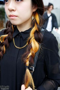 two-toned hair japanese fashion