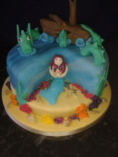 Sea dragon and mermaid cake.