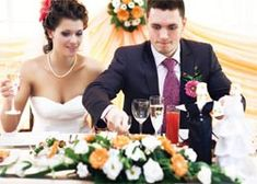 23 cheap wedding reception food & drink ideas