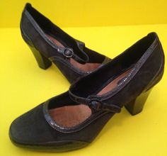 CLARKS Artisan gray Leather Suede Active Air Mary Jane Womens Heels Sz 7.5 M…