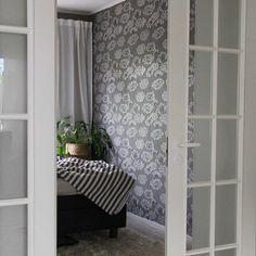 It's been so lovely sunny Sunday evening.  Have peaceful evening and good night! . #sisustus #interior #interior #interiordesign #homedecor #homeinspo #homeinterior #instahome #homedecor #homeinspiration #interiorinspiration #sisustusinspiraatio #inredning #inredningsinspo #hem #makuuhuone #bedroom .