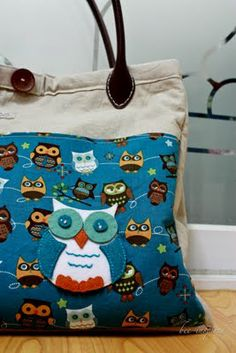 DIY Diaper Bag with Changing Mat and Wipe Case-Great gift idea for those who are expecting