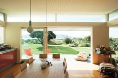 http://www.homedesignideas.eu/outstanding-beach-houses-you-want-to-see/