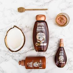 "1,051 aprecieri, 27 comentarii - GarnierUSA (@garnierusa) pe Instagram: ""Leave a 🙋🏽in the comments if Whole Blends Smoothing with Coconut oil and Cocoa Butter Extracts is…"""