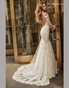Hoje vamos mostrar uma seleção de vários vestidos de noiva para o Outono/Inverno 2017, de vários estilistas e que vão deixar você deslumbrada com tanta beleza. Difícil vai ser escolher o mais bonito incluindo os com manga comprida é claro!