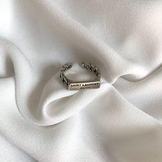 Cute Jewelry, Jewelry Rings, Jewelry Accessories, Diamond Jewelry, Diamond Pendant, Diamond Rings, Piercings, Accessoires 4x4, Nagel Tattoo