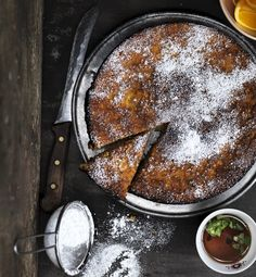 appelsinkage med mandler og abrikos