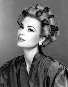 Louise Bourgoin, Princesa Grace Kelly, Patricia Kelly, Bobe, Hair Setting, Roller Set, Actrices Hollywood, Golden Age Of Hollywood, Classic Hollywood