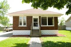Coldwell Banker Honig-Bell - 1318 North Dearborn Street,JOLIET,ILSingle Family HomePropertyListing - Sara Young