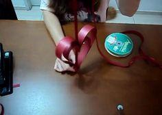 Como Fazer Um Móbile de Corações - http://www.decoracaodecoracao.com/como-fazer-um-mobile-de-coracoes