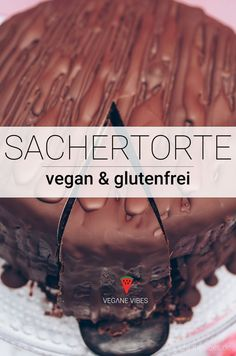 Vegane Sachertorte Rezept - Mehr vegane Rezepte unter: www diet-health info - F Whole Food Recipes, Vegan Recipes, Dessert Recipes, Easy Desserts, Dessert Nouvel An, Vegan Treats, Health Desserts, Going Vegan, Vegan Gluten Free