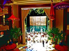 Google Image Result for http://www.westvegas.com/wynn_photos/WYNN_LAKE_ENTRY.jpg