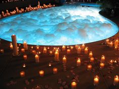 Wow so gota have a spa pool for relaxing after the wedding with candles and rose petals surrounding it