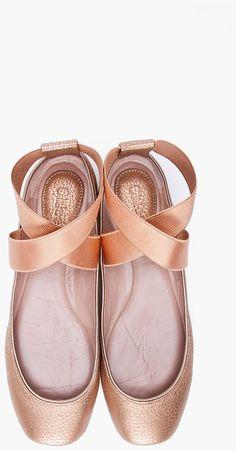 Ballet shoe flats