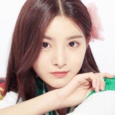 Dragon Family, Chinese Zodiac Signs, Without Makeup, Korean Makeup, My Princess, Pop Group, Asian Beauty, Dancer, Celebrities