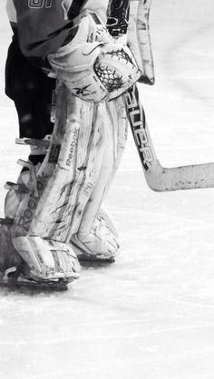 hockey <3 goalie