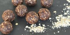 Ten amazing bliss ball recipes - Natural New Age Mum Clean Eating Recipes, Raw Food Recipes, Snack Recipes, Vegan Snacks, Healthy Snacks, My Favorite Food, Favorite Recipes, Thermomix Desserts, Bliss Balls
