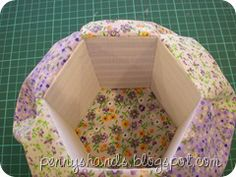Hexi pin cushion caddy tute - this is a great blog with lots of cute projects - very clear and easy to follow tutorials