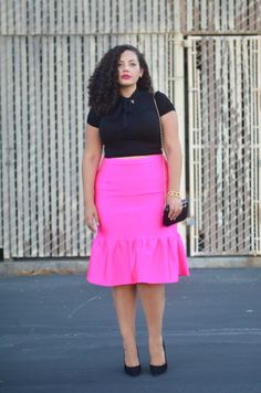 Girl With Curves: Pink. I love this outfit Plus Size Blog, Look Plus Size, Curvy Plus Size, Plus Size Women, Curvy Girl Fashion, Modest Fashion, Look Fashion, Plus Size Fashion, Gq Fashion