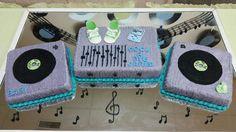 Rock a bye baby shower cake
