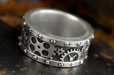 Etsy listing at https://www.etsy.com/listing/196587876/steampunk-gear-ring-steam-punk-gear-and