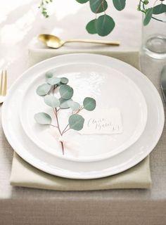 eucalyptus for wedding place settings