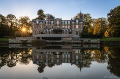 I took this picture on the last day of summer time. Tonight winter time begin so more dark hours. It is the Kasteel van Brasschaat, a nice castle in the park of the beautiful town of Brasschaat near Antwerp. Last Day Of Summer, Summer Time, Antwerp, Winter Time, Castle, The Incredibles, Tours, River, Park